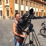 Peggy Brown, Kamerafrau bei Dreharbeiten in Breslau. Mai 2014
